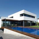 Дом Р (R House) в Испании от Artigas Arquitectes.