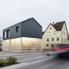 Дом Унимог (Haus Unimog) в Германии от Fabian Evers Architecture и Wezel Architektur.