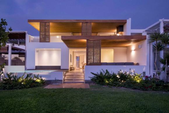 Panda House 4