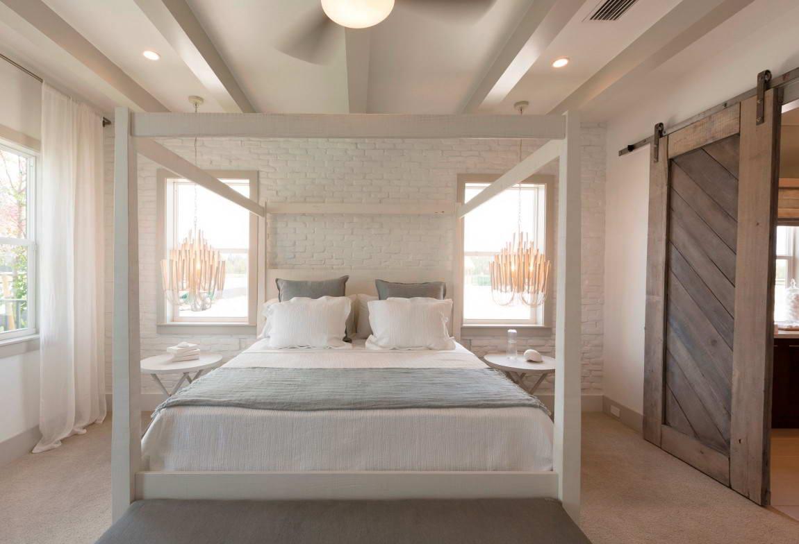 92 - Slaapkamer met zichtbare balken ...