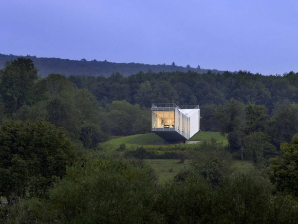 Дачный дом на холме в США