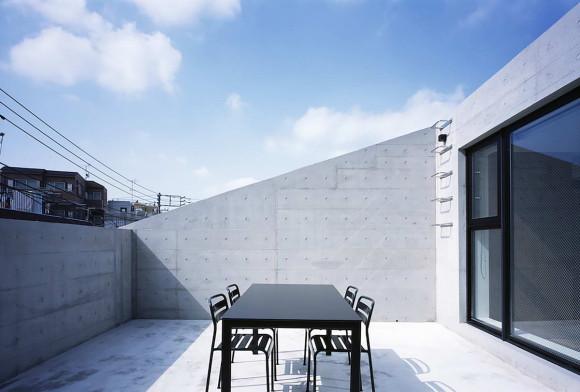 Дом Рамка (Frame House) в Японии от APOLLO Architects & Associates.