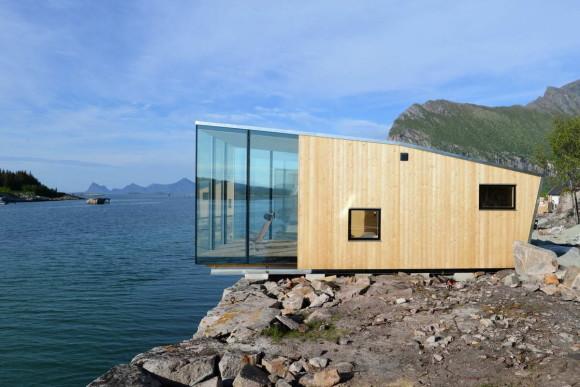 Домики на острове (Manshausen Island Resort) в Норвегии от Stinessen Arkitektur.