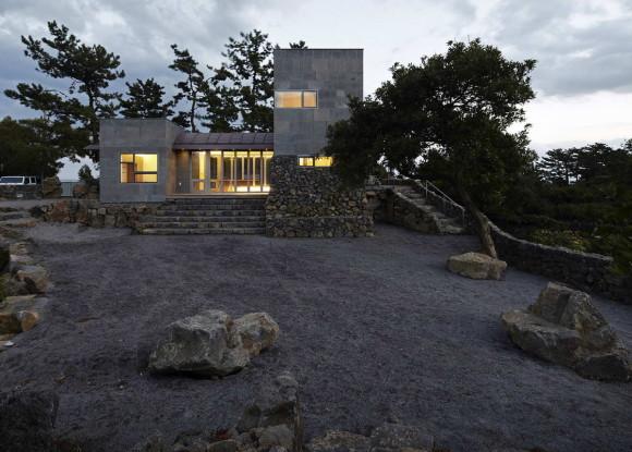 Каменный дом в Корее