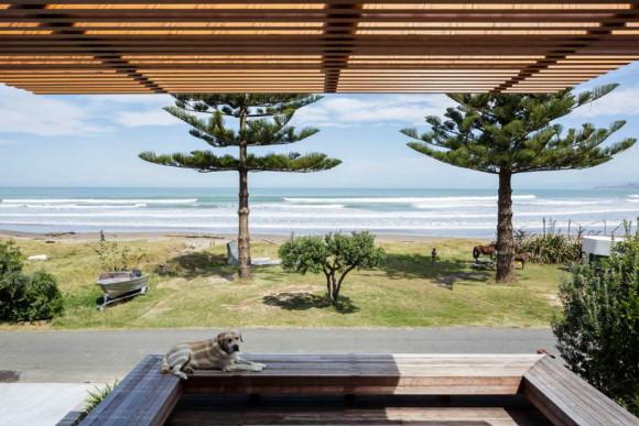 Дом-сарай (offSET Shed House) в Новой Зеландии от Irving Smith Jack Architects.