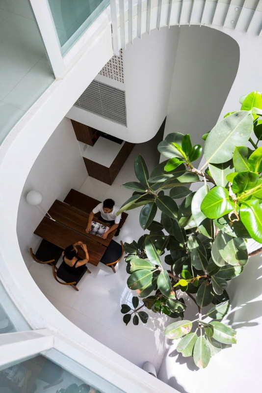 Vertical Home 8