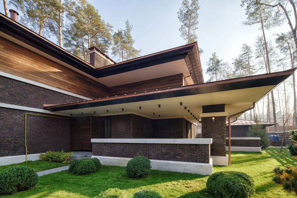 Wright-Inspired Contemporary Home 14