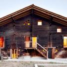 Дом С (Casa C) в Швейцарии от Camponovo Baumgartner Architekten.