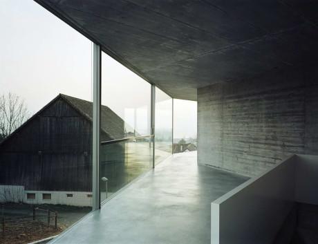 Дом на две семьи в Швейцарии