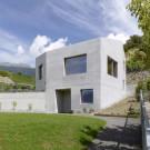 Дом Metrailler (Metrailler House) в Швейцарии от Savioz Fabrizzi Architectes.