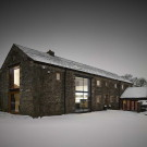 Амбар на Кошачьем холме (Cat Hill Barn) в Англии от Snook Architects.
