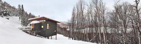Шале на склоне в Канаде