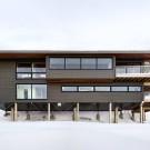 Лыжное шале (Laurentian Ski Chalet) в Канаде от Robitaille.Curtis.