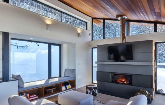 Laurentian Ski Chalet 3