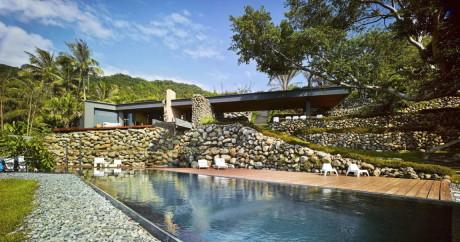 Дом на склоне у берега на Тайване