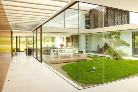 Дом с двором в Колумбии