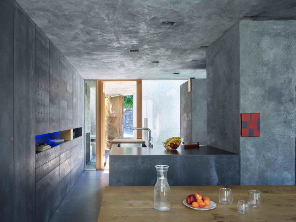 Concrete House 10