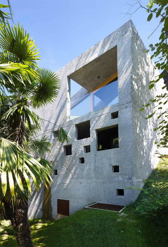 Concrete House 4