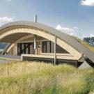 Дом Хоббит (Hobbit Hall) в России от Архитектурного бюро Романа Леонидова.