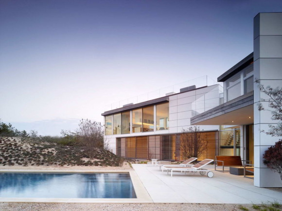 House in the Dunes 10