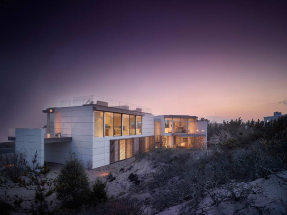 House in the Dunes 8