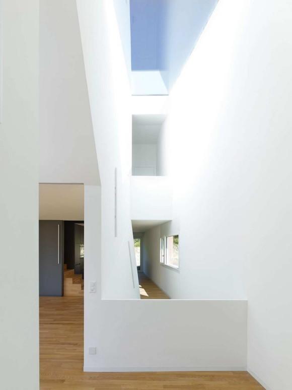 MFG House 7