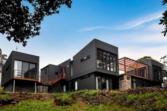 Чёрный дом в Австралии