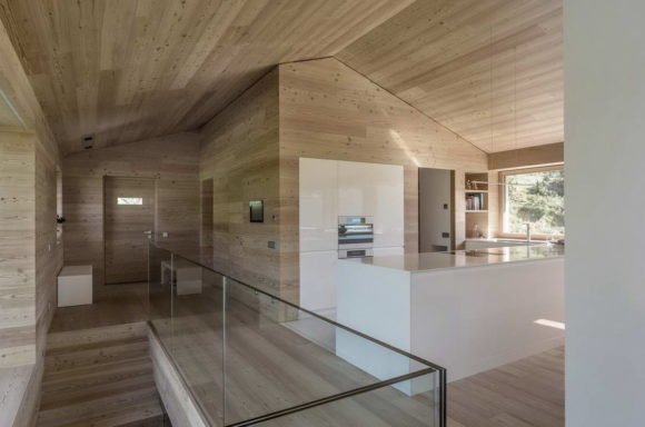 Дом для одной семьи (Single Family House)в Италии от Perathoner Architect.