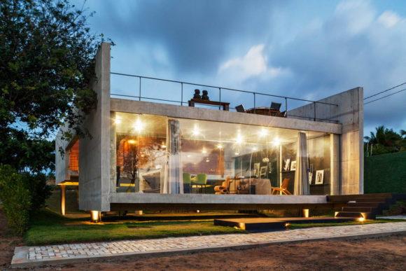 Бетонный дом в Бразилии