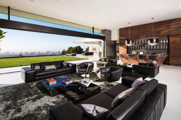 Contemporary House in Bel Air 13