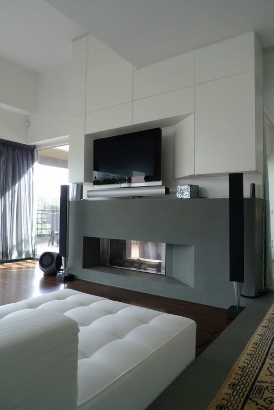 Vertical Home 11