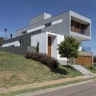 Дом ML431 (Casa ML431) в Бразилии от 4D Arquitetura.