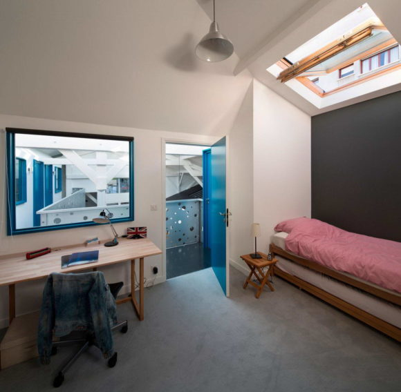 Loft in an Old Carpentry 14