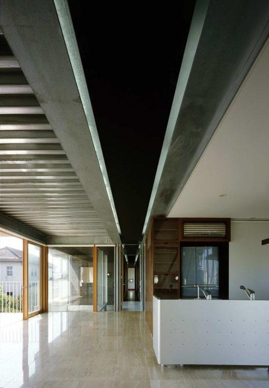 Pilotis House 7