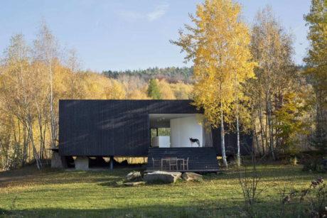 Дом у карьера в Чехии
