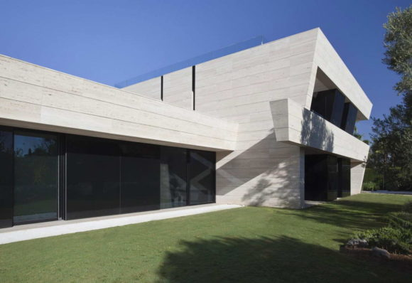 SV House 13