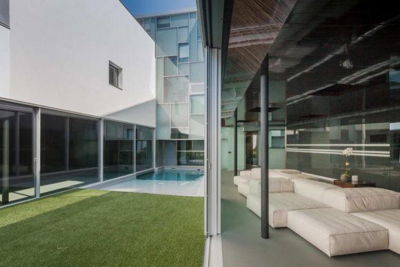 House H 10