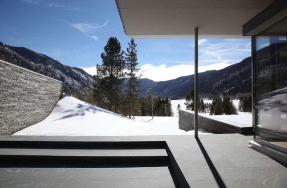 Дом в горах в США