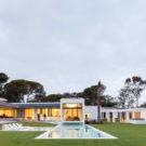 Дом P272 (Cascais P272) в Португалии от Fragmentos de Arquitectura.