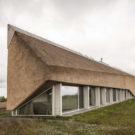Дом в дюнах (Dune House) в Латвии от ARCHISPEKTRAS.