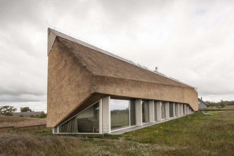 Дом-стог в Латвии