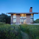 Дом у залива (False Bay Residence) в США от Olson Kundig.