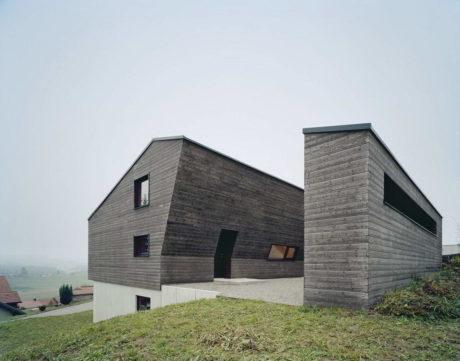 Очень деревянный дом в Германии
