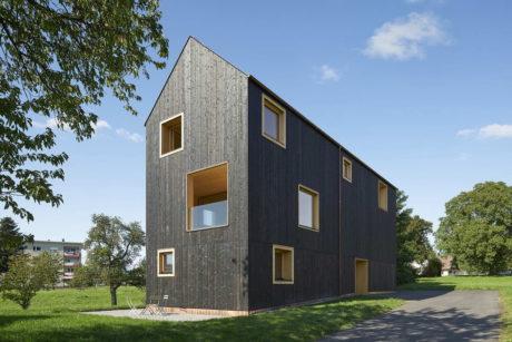 Чёрный дом в Австрии