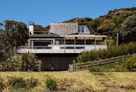 Дом у залива в Новой Зеландии