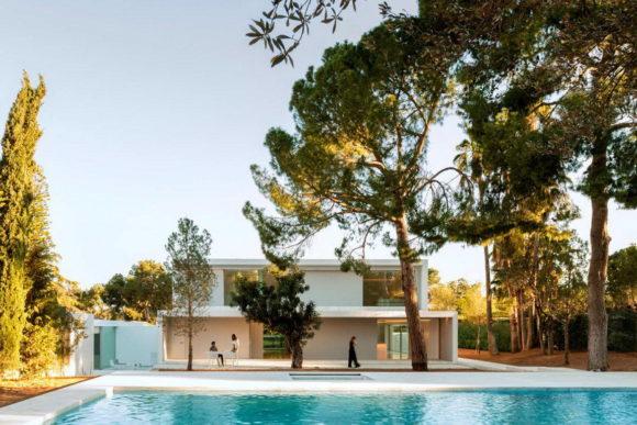 Минималистский дом в Испании