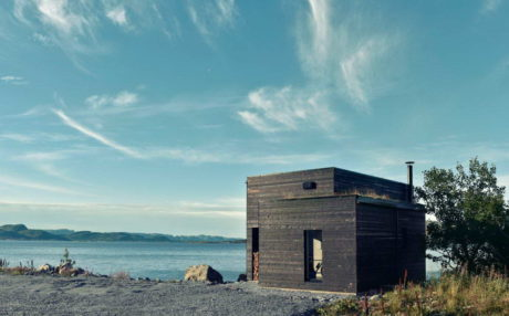 Дача на берегу в Норвегии