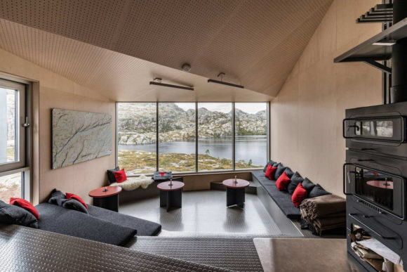 Горные домики (Mountain Lodges) в Норвегии от KOKO architects.