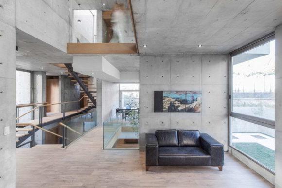 Бетонный дом в Иране