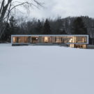 Дом напротив (Opposite House) в Канаде от rzlbd.